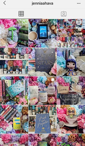 Bookstagram example on Instagram from Jennia
